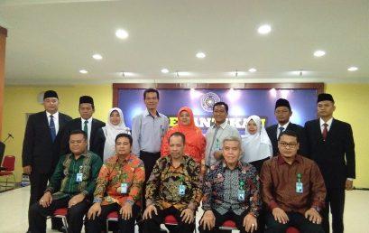Photo Bersama Pimpinan UMSU, Pimpinan Fakultas dan Ka. Bagian Masa Jabatan 2017/2020